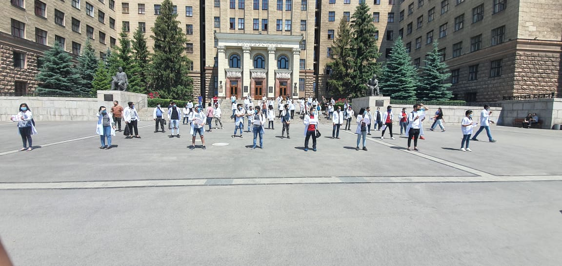 Снова митинг под ХНУ и многое другое: первая половина июня в университетах Харькова