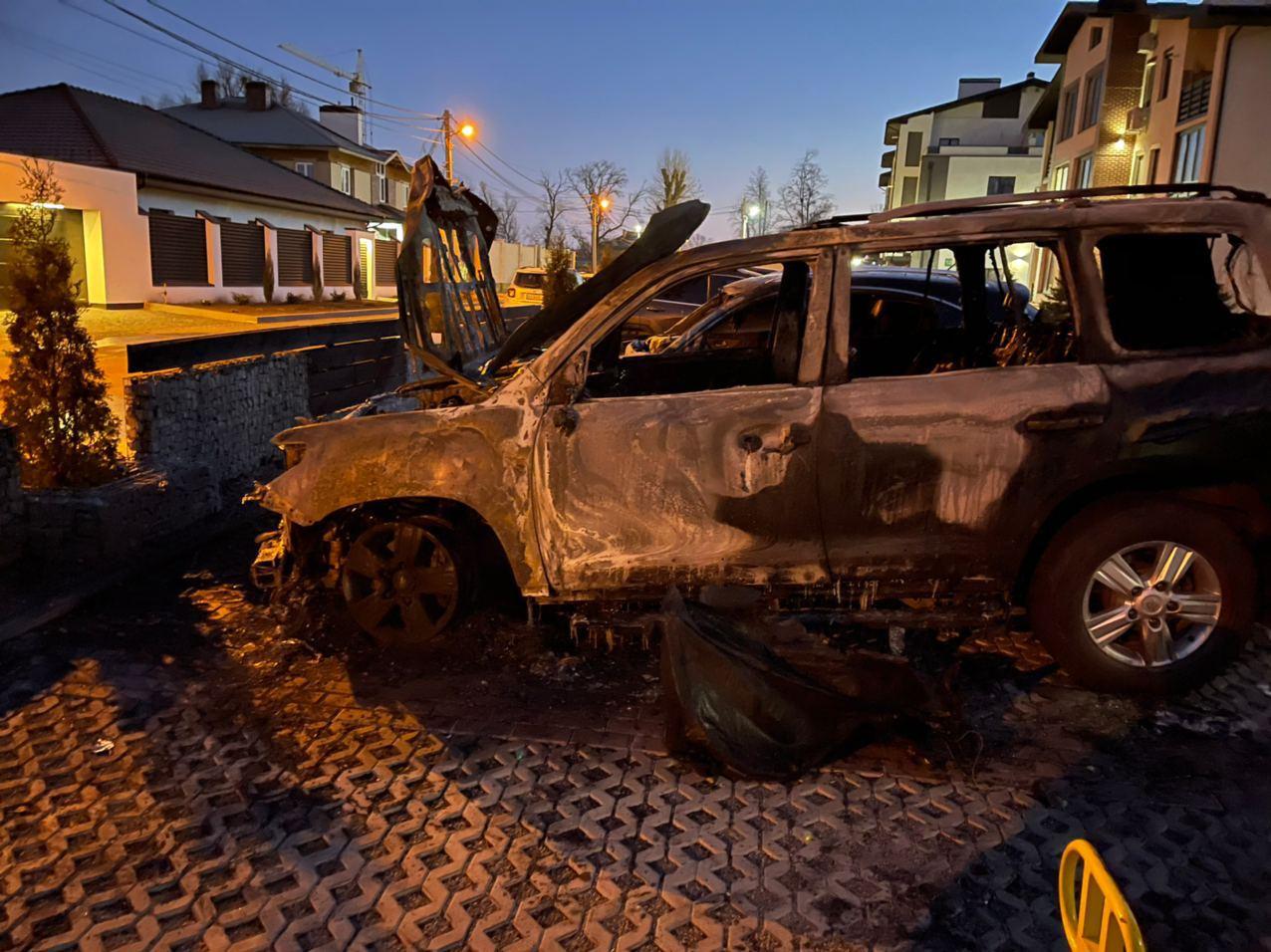 После зимнего перерыва  открыт сезон пожаров на харьковских парковках
