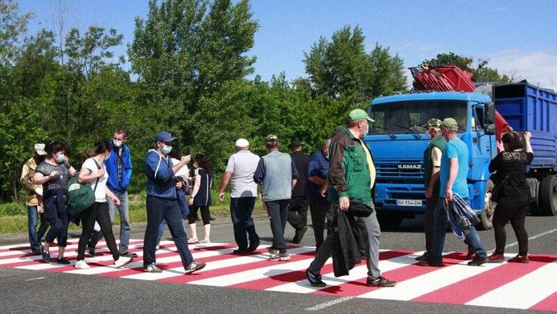 Медики и аграрии в Харьковской области митинговали из-за нарушения трудовых прав